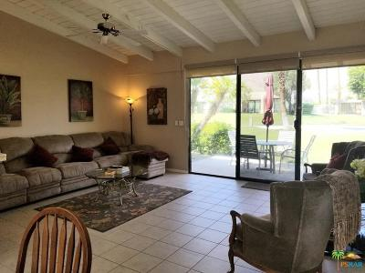 Palm Springs Condo/Townhouse For Sale: 873 North Cerritos Drive