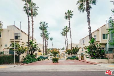 Sherman Oaks Condo/Townhouse For Sale: 5455 Sylmar Avenue #401
