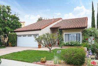 Canoga Park Single Family Home Active Under Contract: 6936 Loma Verde Avenue