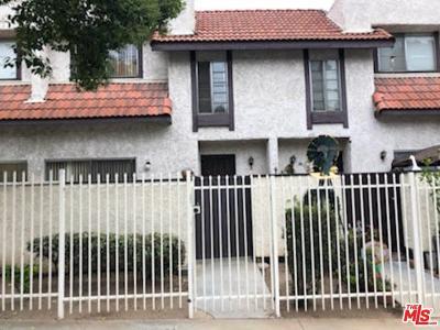 Pacoima Condo/Townhouse For Sale: 12330 Osborne Street #8