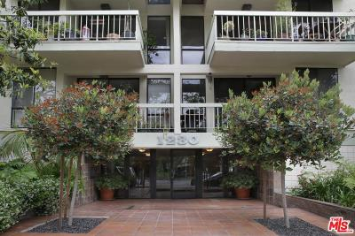 Los Angeles County Condo/Townhouse Active Under Contract: 1230 North Sweetzer Avenue #204