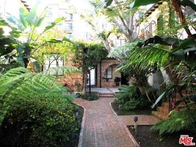 Los Angeles County Condo/Townhouse For Sale: 10830 Lindbrook Drive #9