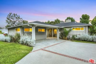 Sherman Oaks Single Family Home For Sale: 5260 Buffalo Avenue