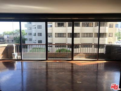 Condo/Townhouse Active Under Contract: 10550 Wilshire #401