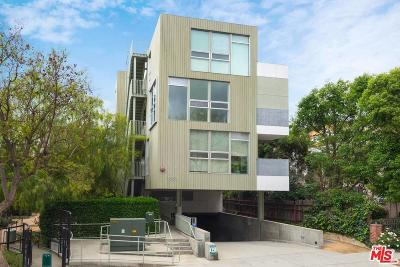 Los Angeles County Condo/Townhouse For Sale: 1351 Havenhurst Drive #103