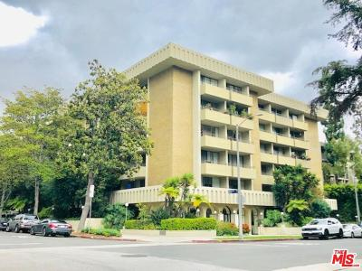 Los Angeles County Condo/Townhouse Active Under Contract: 1300 Midvale Avenue #403