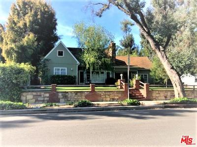 Woodland Hills CA Single Family Home For Sale: $975,000