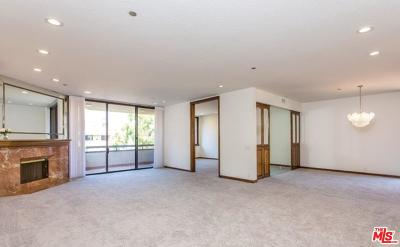 Beverly Hills Condo/Townhouse For Sale: 300 North Swall Drive #451
