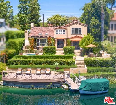 Toluca Lake Single Family Home For Sale: 9936 Toluca Lake Avenue
