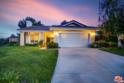 Valencia Single Family Home Active Under Contract: 27035 Riversbridge Way
