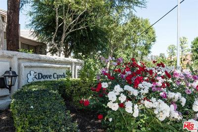 Woodland Hills Condo/Townhouse For Sale: 6145 Shoup Avenue #50