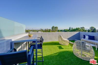 West Hollywood Condo/Townhouse For Sale: 1040 North Spaulding Avenue #1
