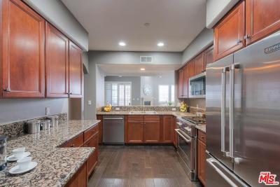 Studio City Condo/Townhouse For Sale: 4202 Whitsett Avenue #303
