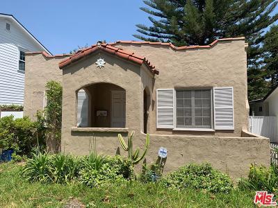 Studio City Single Family Home Active Under Contract: 4444 Bellingham Avenue