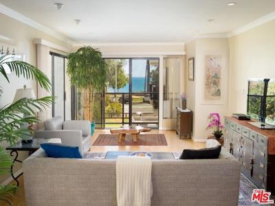 Santa Monica Condo/Townhouse For Sale: 833 Ocean Avenue #204