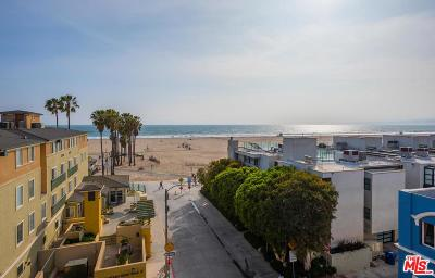 Los Angeles County Condo/Townhouse Active Under Contract: 22 Navy Street #304