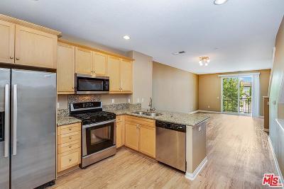 Condo/Townhouse For Sale: 8620 Belford Avenue #204