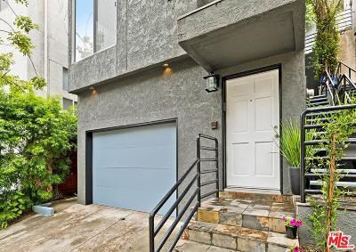 Single Family Home For Sale: 8738 Wonderland Avenue