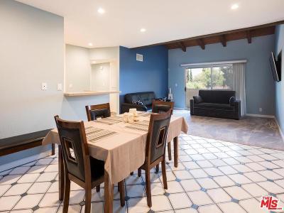 Granada Hills Condo/Townhouse For Sale: 10636 Woodley Avenue #64