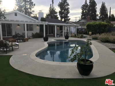 Chatsworth Single Family Home For Sale: 10422 Oklahoma Avenue