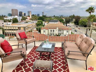 Los Angeles County Condo/Townhouse For Sale: 8651 West Olympic #305