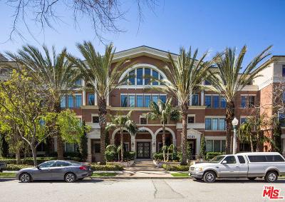 Condo/Townhouse Active Under Contract: 6241 Crescent Park #407