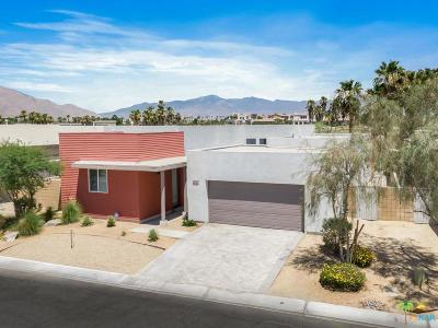 Palm Springs Single Family Home For Sale: 4425 Vantage Lane