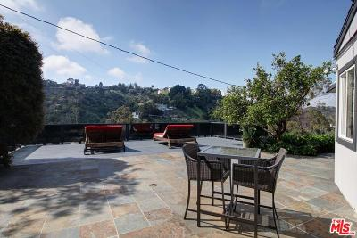 Los Angeles County Single Family Home For Sale: 8252 Mannix Drive