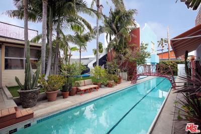 Venice Single Family Home For Sale: 805 Hampton Drive