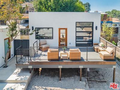 Single Family Home For Sale: 6810 Cahuenga Park Trails