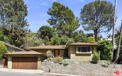 Single Family Home Active Under Contract: 3100 North Beachwood Drive