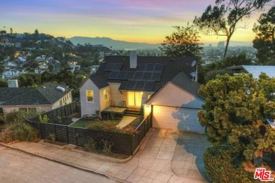 Los Angeles CA Single Family Home For Sale: $1,050,000