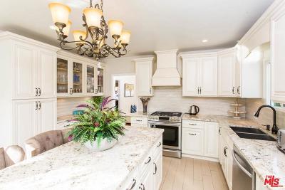 Single Family Home For Sale: 426 South La Peer Drive