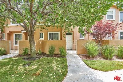 Stevenson Ranch Condo/Townhouse For Sale: 25735 Perlman Place #C