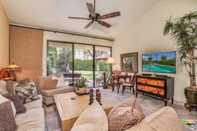 Palm Desert Condo/Townhouse For Sale: 45711 West Verba Santa Drive