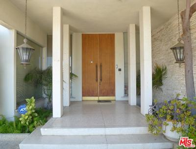 Los Angeles Single Family Home For Sale: 920 Linda Flora Drive