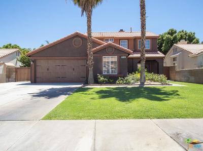 Riverside County Single Family Home For Sale: 78865 La Palma Drive