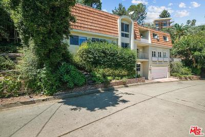 Los Angeles County Single Family Home Active Under Contract: 9029 St Ives Drive