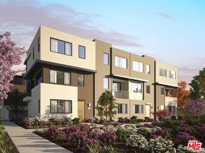 Northridge Single Family Home For Sale: 8412 North Fusion Way