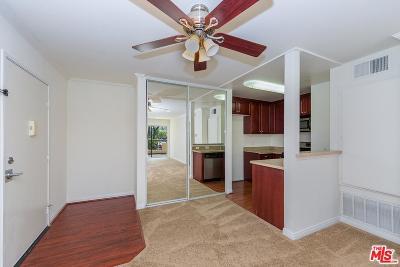 Woodland Hills Condo/Townhouse For Sale: 5535 Canoga Avenue #332