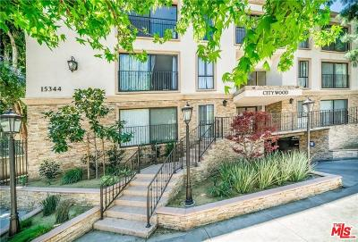 Sherman Oaks Condo/Townhouse For Sale: 15344 Weddington Street #208