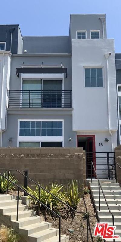 Condo/Townhouse For Sale: 5350 Playa Vista Drive