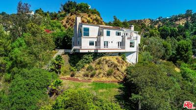 Los Angeles Single Family Home For Sale: 2661 Astral Drive