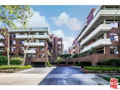 Beverly Hills Condo/Townhouse For Sale: 200 North Swall Drive #454