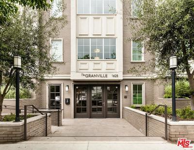 Condo/Townhouse For Sale: 1625 Granville Avenue #105