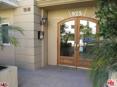 Los Angeles Condo/Townhouse For Sale: 925 South Westgate Avenue #202