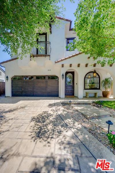 Single Family Home For Sale: 12112 Hollyglen Place