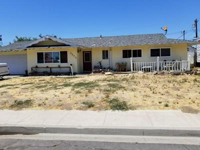 Simi Valley Single Family Home For Sale: 2255 Fig Street