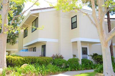 Simi Valley Condo/Townhouse For Sale: 6543 Twin Circle Lane #5