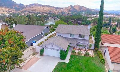 Agoura Hills Single Family Home For Sale: 30726 Passageway Place
